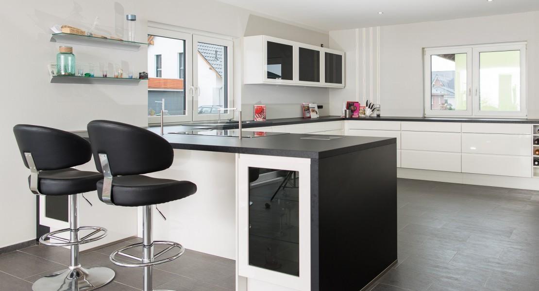nobilia k che mit exklusiver ambiente beleuchtung das einbauk chen team. Black Bedroom Furniture Sets. Home Design Ideas