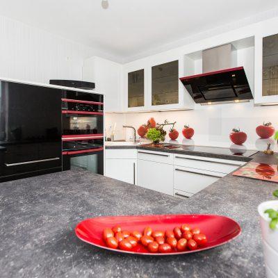 Nobilia-Küche mit Hot-Chili-Edition von Küppersbusch